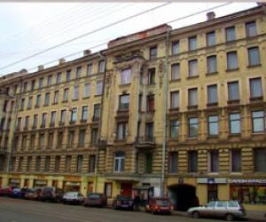 На Суворовском проспекте троллейбус сбил пешехода