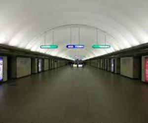 Станцию «Гостиный двор» закрывали из-за бомбы