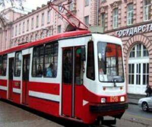 В Невском районе трамвай сбил пешехода