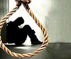 Пенсионер повесился на балконе после  убийства жены