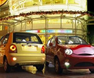 Очаровательный электромобиль Chery QQ