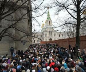 76 тысяч человек поклонились Дарам волхвов