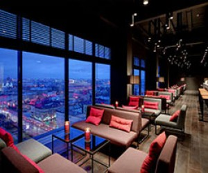 Открыт самый высокий панорамный бар Питера