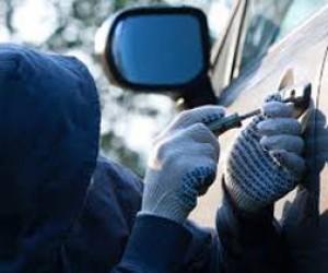 В Выборгском районе за одну ночь угнали 20 машин