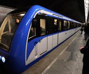 В Петербургское метро неуверенно вышел Wi-Fi
