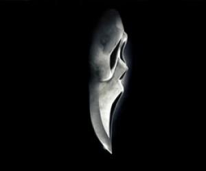 Девочка выдумала историю с нападением маньяка в маске из «Крика»