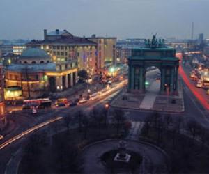 Площадь Стачек закроют до июля