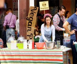 Простые жители Петербурга на выходных стали рестораторами
