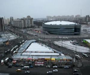 Снос незаконного рынка у метро «Проспект Большевиков»