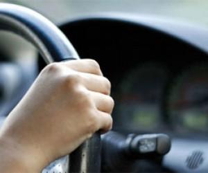 Два питерских безработных угнали автомобиль