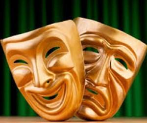 Грабитель в театральной маске