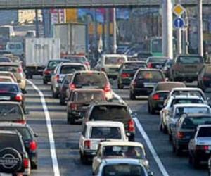 Пробки в Петербурге достигли 4-х баллов