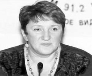 ФСБ обещает раскрыть дело об убийстве Старовойтовой до конца 2014 года