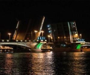 Смольный представил график разводки мостов