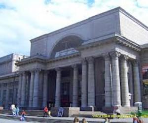 Украинские театры отказались ехать на питерский фестиваль