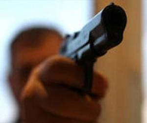 Пьяный отец забирал дочь из детского сада с пистолетом