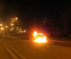 Ночью в Петербурге горело 5 автомобилей