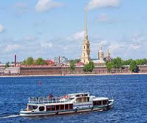 Новый формат водных экскурсий в Петербурге
