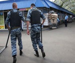 Питерские полицейские ограбили мигрантов