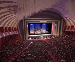 В Петербурге выступил итальянский хор Королевской оперы Турина