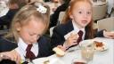 Петербургские школьники будут покупать завтраки по отпечаткам пальцев