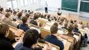 Единороссы предложили подселять петербургских студентов к мигрантам
