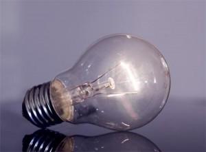 Почему жители северной столицы сидят без света?