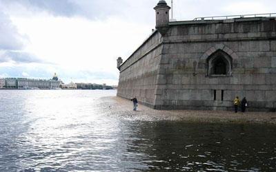 Угроза разрушения Петропавловской крепости не подтвердилась