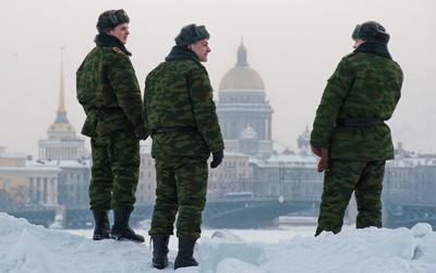 В день Защитника Отечества петербуржцев будут учить штыковой атаке и строевому шагу
