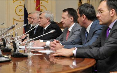 Отставка Юрия Молчанова вызовет перераспределение обязанностей между вице-губернаторами Петербурга
