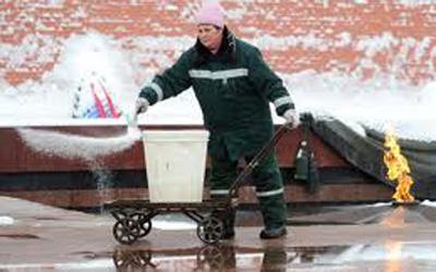 Весной по здоровью петербуржцев ударят реагенты