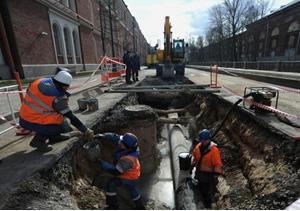 Ради ремонта в Петербурге придется вскрыть свежеположенный асфальт