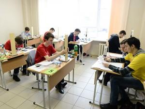 Школьники из Санкт-Петербурга отличились на престижных соревнованиях по физике