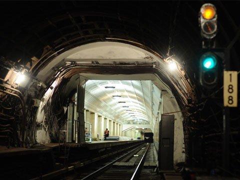 В петербургском метро парень покончил с собой